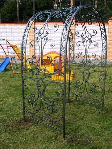 Арка металлическая садовая фото