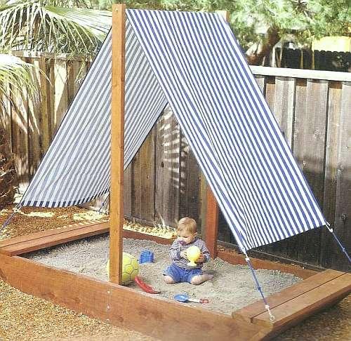 Обустройство детской площадки, строительство песочницы, фото