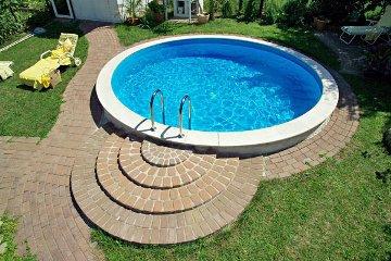Бассейны для дачи. Выбираем каркасный бассейн.