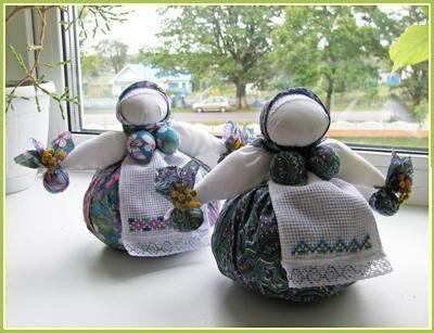 Оберег для дома и дачи - кукла травница